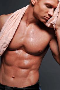 Männlicher nackter Oberkörper